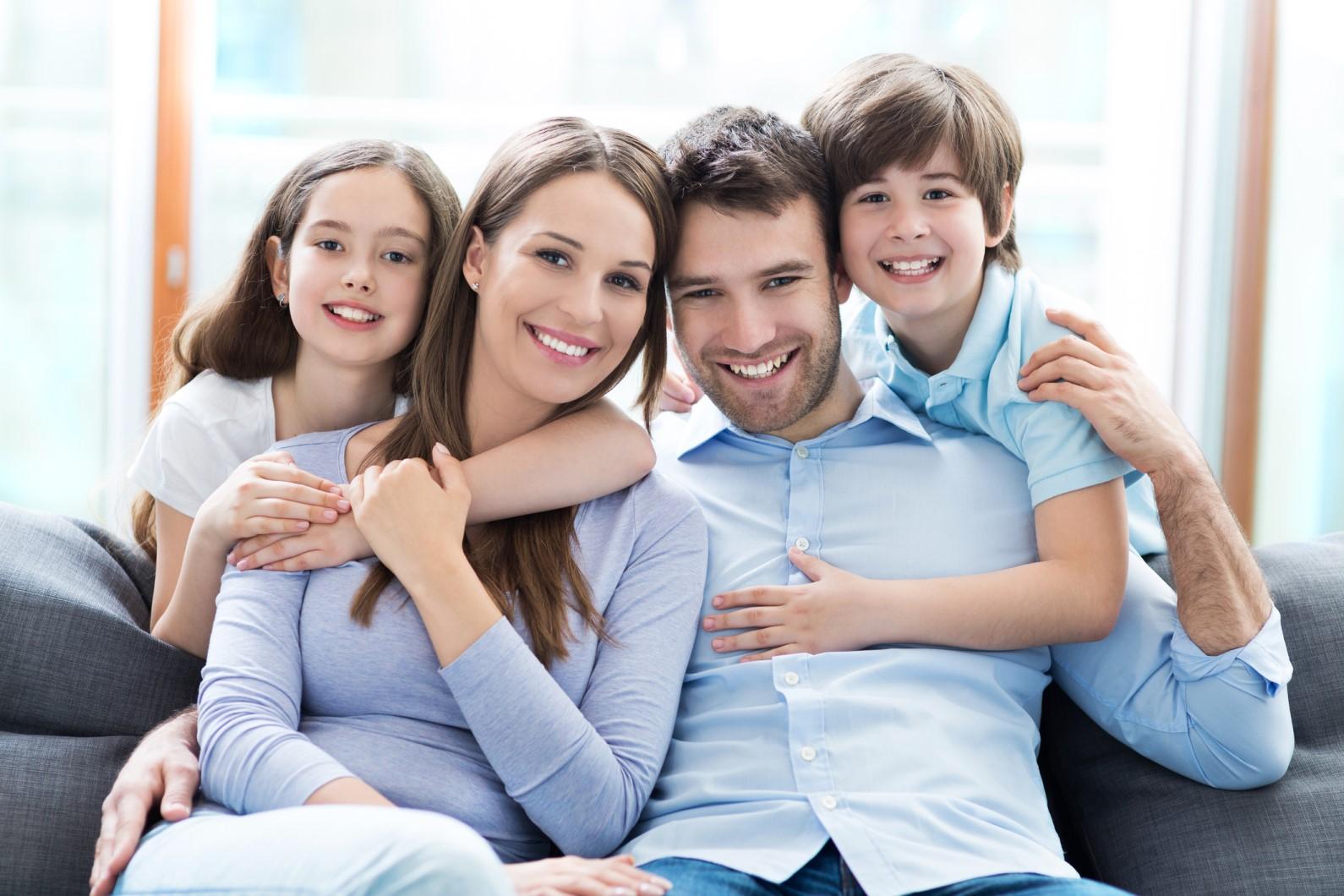 Smilingfamilycouchedited